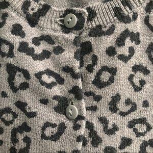 LOFT petites grey animal print cardigan si…